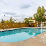 Comfort Inn & Suites Rocklin - Roseville outdoor pool and chair lift